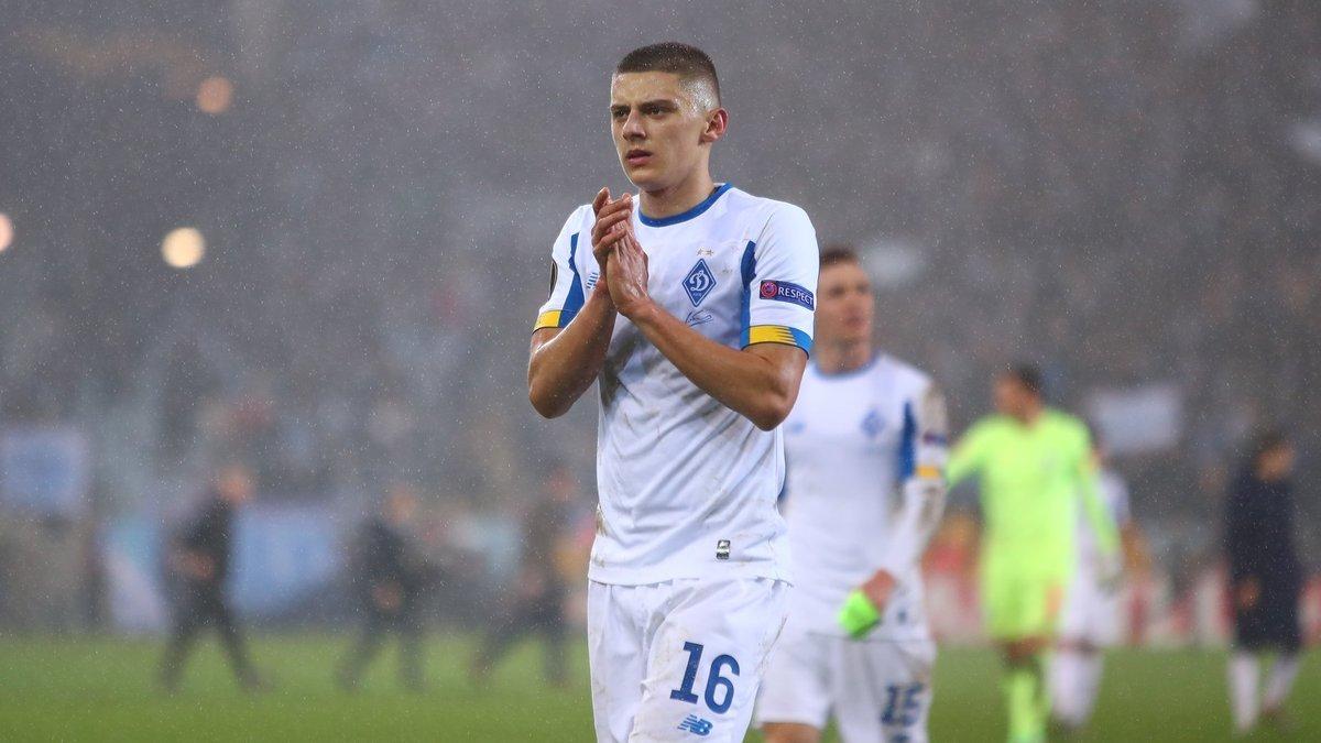«Милан» все ещё интересуется Миколенко