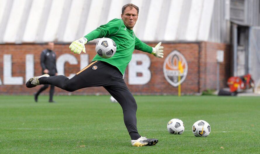 Официально: Андрей Пятов решил продлить контракт с «Шахтером»